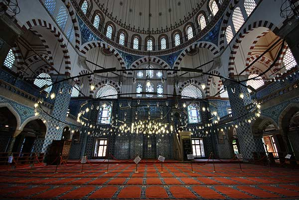 リュステム・パシャ・モスク